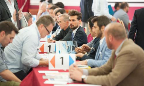 I rappresentanti delle aziende impegnati nei colloqui di speed networking - Italy Transport Networking 2017